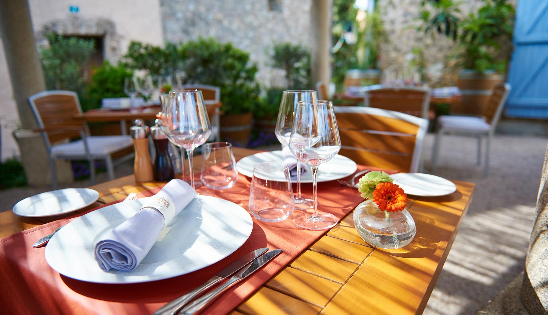 Restaurant la table tourtour au c ur du village de - La table tourtour ...